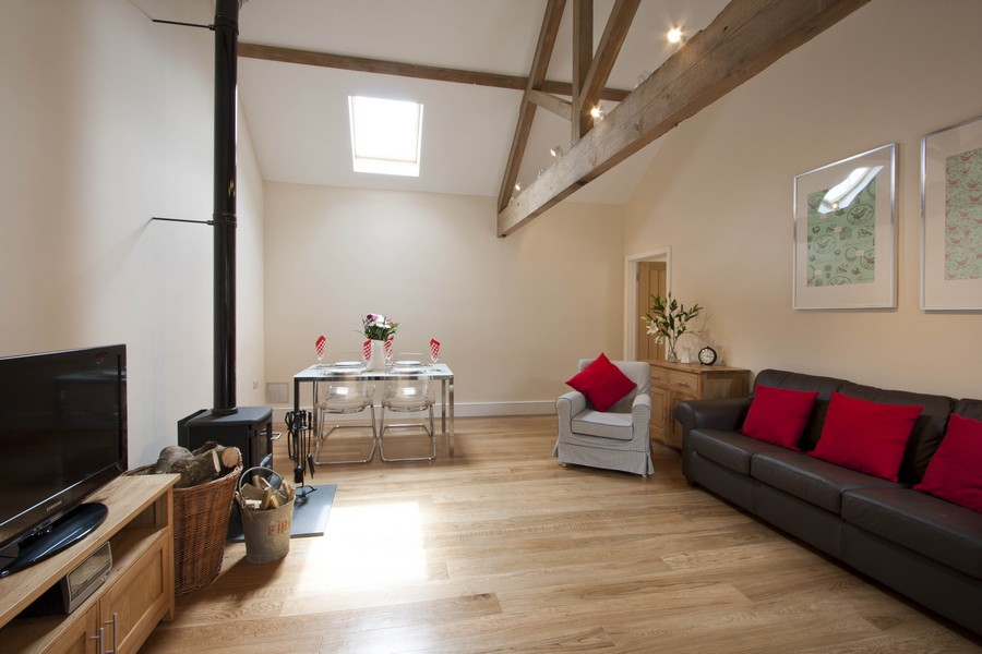 Holiday Cottage Bath on New Leaf Farm - The Cow Byre1