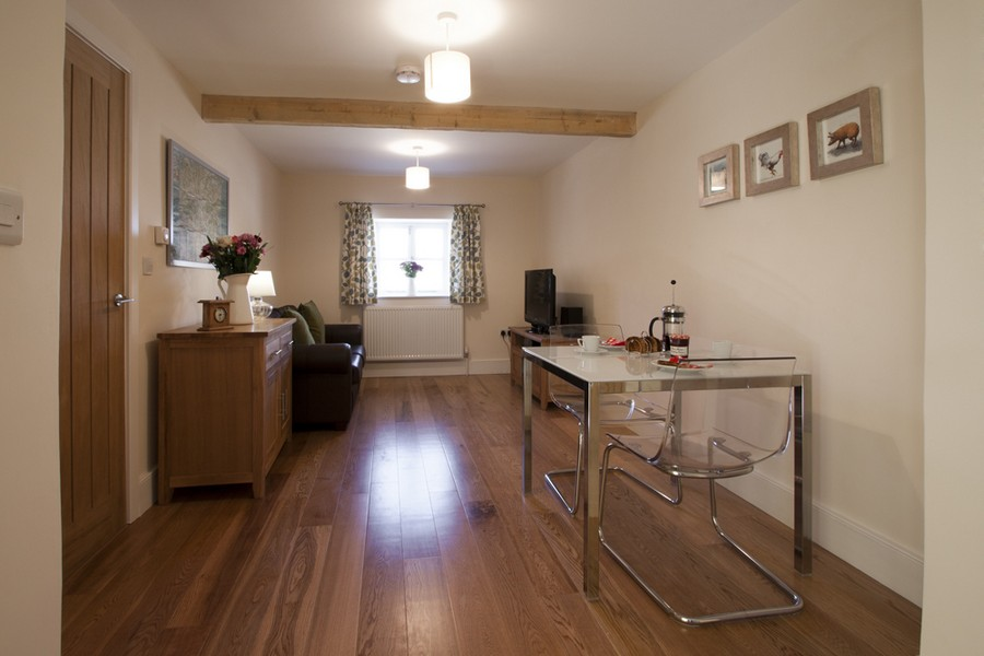Holiday Cottage Bath on New Leaf Farm - The Seed Shed1