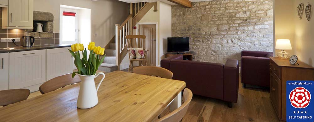 Bath self catering holiday cottages, farm accommodation