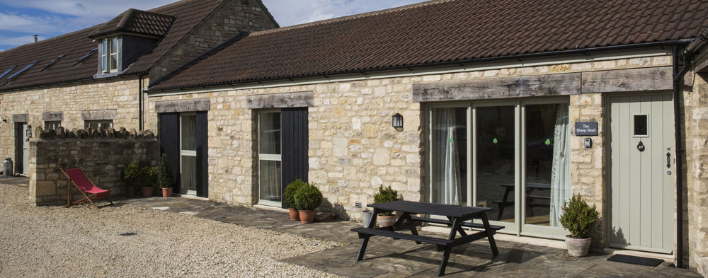 Picturesque holiday cottage just outside Bath on New Leaf Farm sleeps 6 in 3 bedrooms - 4 star self catering holiday accommodation, Bath, Avon, UK